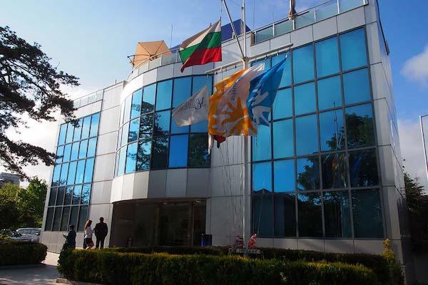 Брейн Сторм Консулт с офис в гр.Варна